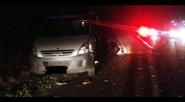 FOTO Prahovean implicat într-un grav accident în Buzău, noaptea trecută