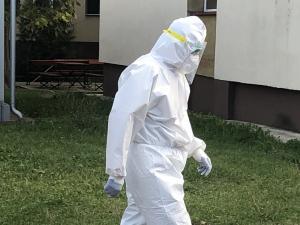 Primii pacienți infectați cu SARS-Cov-2, aflați în stare critică, transferați în Ungaria