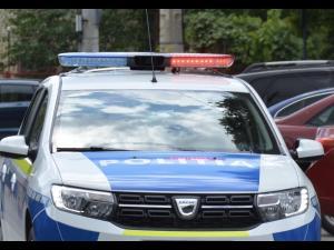 Prins de politisti, dupa ce ar fi dat mai multe spargeri in locuinte din Valea Calugareasca