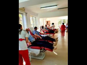 Politistii prahoveni au donat plasma! - FOTO